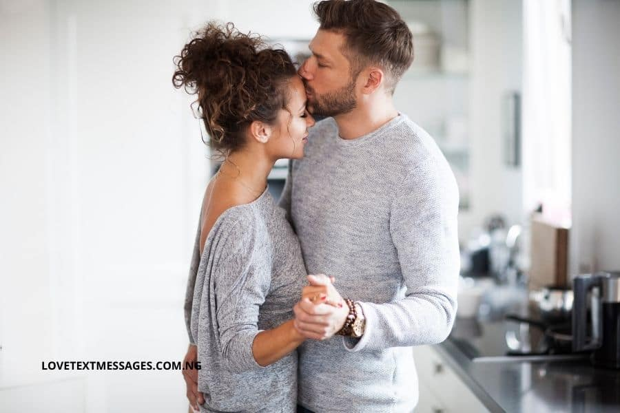 2021 Romantic I Love You Messages for Lover